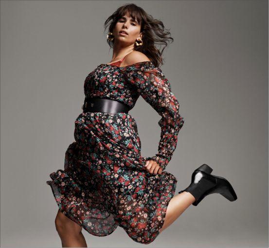 Curve-defining dresses